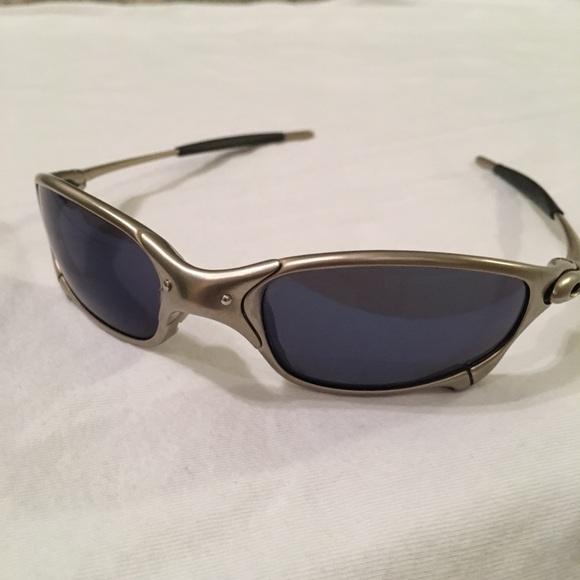 Rare Oakley Juliet Plasma Ice Iridium sunglasses. M 5ab71ff2f9e501b4b6eb3a29 a32a5bdcac